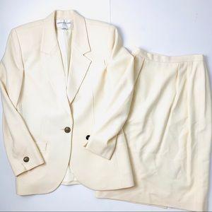 Jones New York cream skirt suit set 6